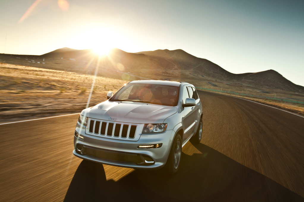 2011 Jeep Grand Cherokee SRT8. Фото Jeep